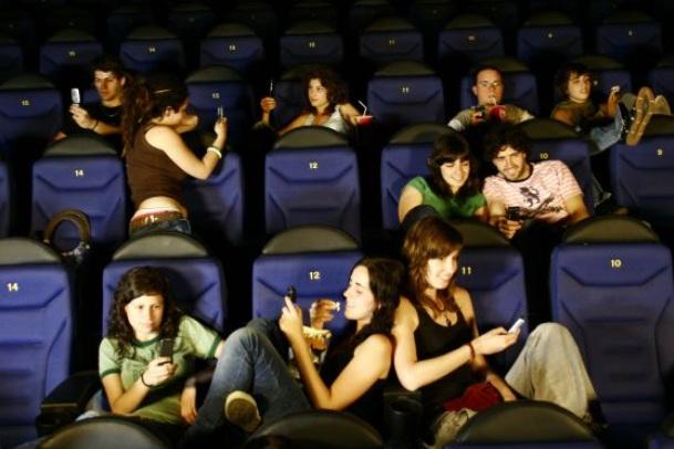 sala de cine especialista en marketing digital